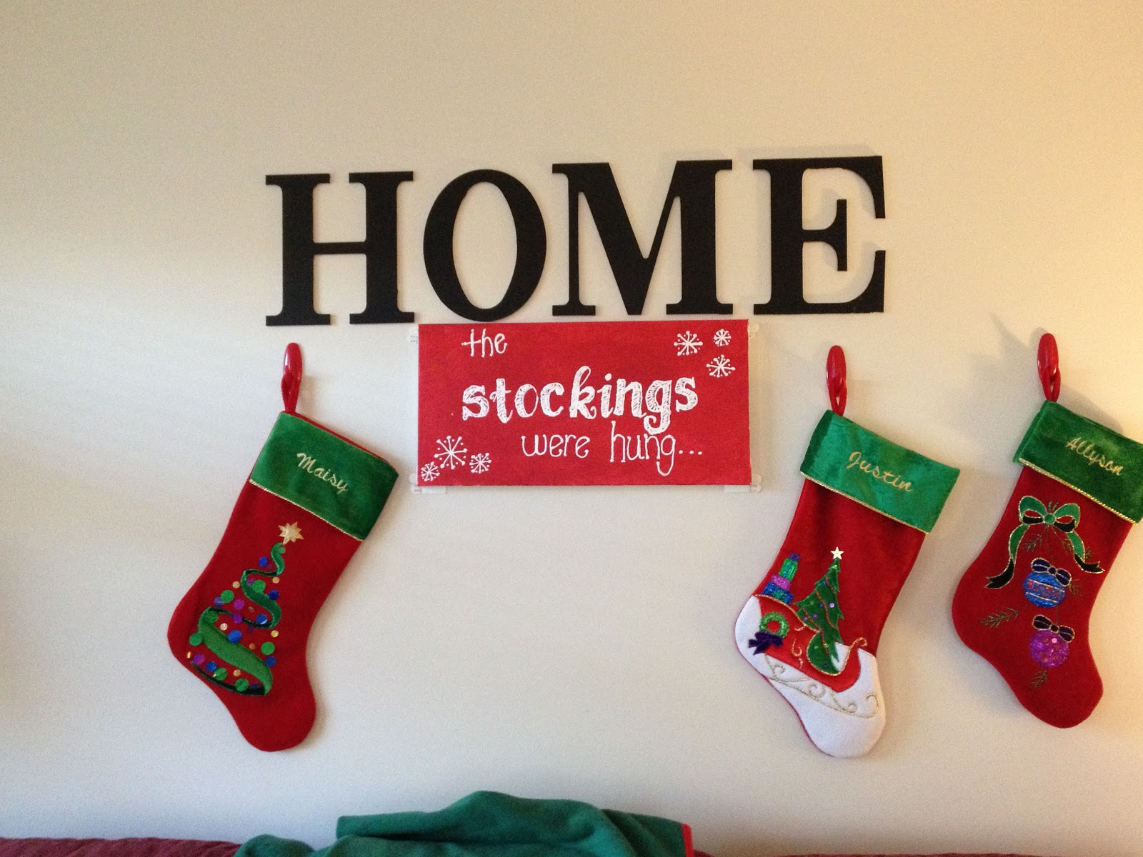 Puffy paint designs - I Hung Red Command Hooks On Either Side Of The Sign And Before You Can Shout Merry Christmas To All You Have A Make Shift Mantel