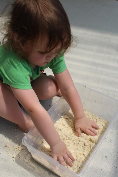 Pin-Tested: Moon Sand for kiddos