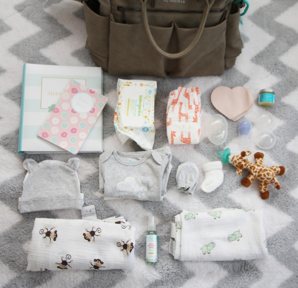 What to Bring When You Have a Baby Part 1: Your Postpartum Hospital Bag