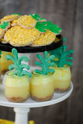 pineapple-birthday-party-inspiration-11